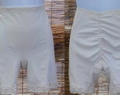 Vintage White Support Panty Girdle // Vanity Fair Foundation Garment with shirred butt back // size Lge //