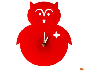 Red Owl Wall Hanging Clock