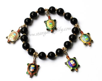 Turtle Charm Bracelet. Black beaded Pearl Bracelet. Turtle Cloisonné Bead Charm bracelet. Black Pearl and Gold Accents. Tortoise