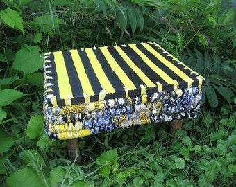 HONEY DO   flip top textile art  BaSKeT TABLE with bee theme