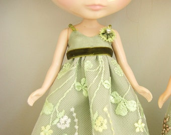 Emerald 1 Dress for Blythe