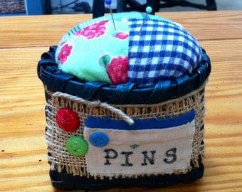 Pincushion needle pin keeper pin cushion
