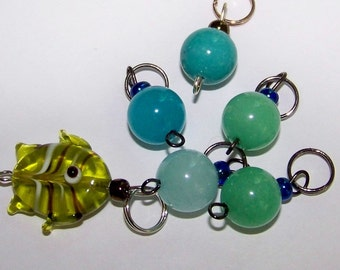 Hand Made Stitch Markers -- Fish and Bubbles (green and aqua)