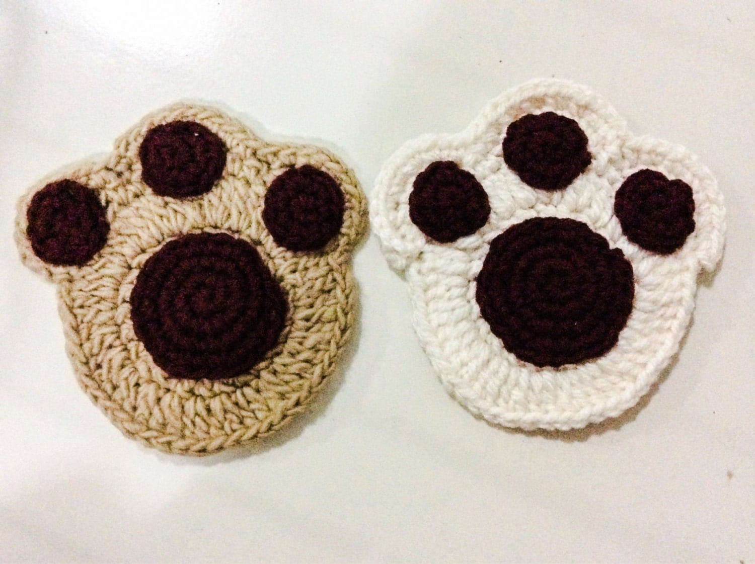 Free Crochet Pattern For Paw Print : Paw print coaster crochet pattern