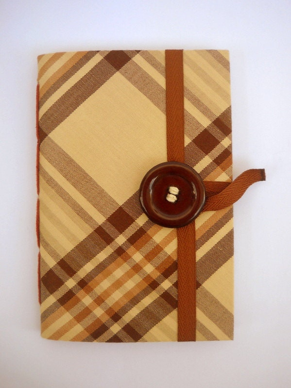 custom made writing journals Epica offers elegant & luxurious handmade italian leather journals, artists sketchbooks and notebooks plus photo albums, wedding & baby albums and scrapbooks.