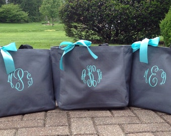 Bride Tote Bag Bridesmaid Maid of Honor Mother of the Bride Monogrammed Tote bags  Bridal Party Gifts