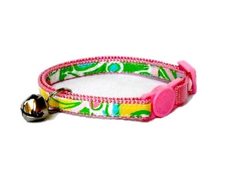 Kitten or Cat Collar Made from Lilly Pulitzer Chin Chin Fabric (Breakaway Buckle) with Bow Option