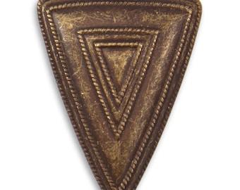 2 Roped Maze Triangle Vintaj Natural Brass Pendant 40x27.5mm (P209)
