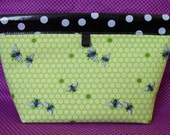 Dancing Bee Oilcloth Snappy Pouch - Large