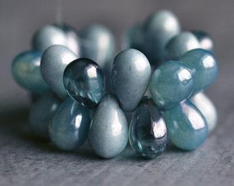 Denim Blue Mix Czech Glass Bead 9x6mm Teardrop : 25 pc Full Strand Czech Blue Teardrop Beads