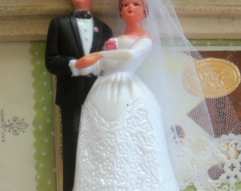 Vintage / Bride and Groom / Wedding Cake Topper / Kitschy Retro Charm