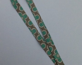 Gray and Teal Curquo Lanyard