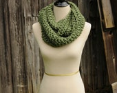 RTS Infinity Cowl Scarf Sage Green
