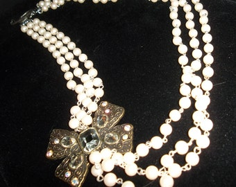 3 Strand Crystal Pearl Bow Necklace