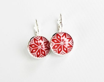 Red & White Scandinavian star earrings