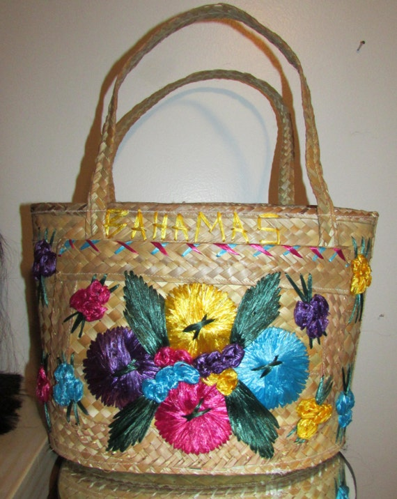 Vintage Souviner Straw Tote Bag From Bahama With Colorful