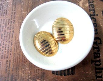Vintage Gold Tone Oval  Earrings - Post Earrings