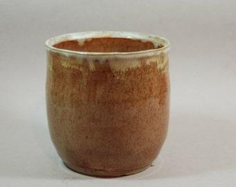 nutmeg ceramic pottery jar, storage, decorative, utensil holder