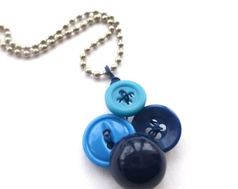 Small Pendant Necklace with Blue Buttons