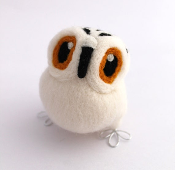 Needle Felted Snowy Owl in Natural White