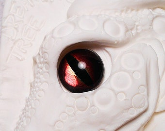 Dragon irises 16mm Metallic color Red