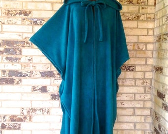 Irish Fleece Cape Plus Size
