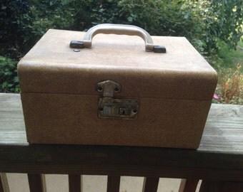 Vintage 1940's Era Small TanTweed Train Case/Overnight Suitcase