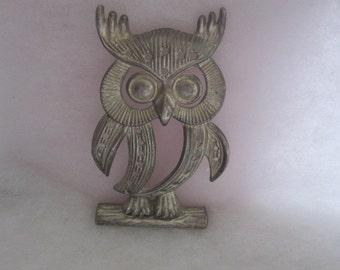 Vintage Owl earring holder, Torino pewter tone owl,