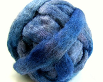 Gotland Dyed Wool Roving 3 Ounces - Deep Wedgewood