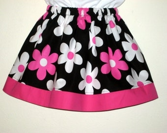 Hot Pink and Black Daisies Skirt, Size 3    Ready to ship