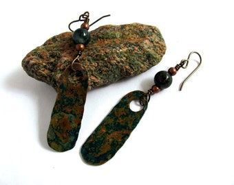 Oxidized Hammered Copper Earrings, Green Jasper Stones, Rustic Wire Wrapped  Eco-Friendly Jewelry by Hendywood