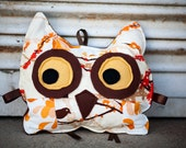 Owl Pillow in Neutral