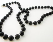 Black Bead Necklace 1980s Necklace