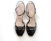 60s kitten heels / Vintage 60s Black Patent Strappy Kitten Sandals 10 10.5 11