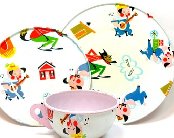 60's Storybook Tin Toy Tea set with three Little Pigs.
