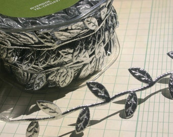 "Silver Leaf Vine Trim - Sewing Crafting Ribbon - May Arts Ribbons - 1"" Wide - 4 Yards"