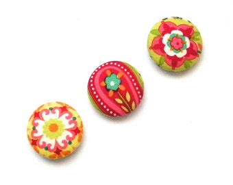 Fabric Button Magnets, Refridgerator Magnet, Fabric Magnet, Office Magnet, Teacher Gift, Gifts for Mom, Office Supply