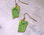 Lime dangles upcycled artist palette in autumn colors