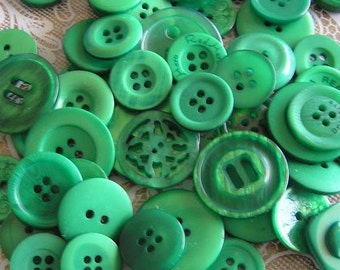 ON SALE 25 All Emerald Green Medium to Large sized Button Mix Buttons