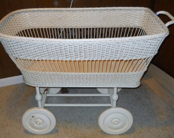 SALE - Antique Baby Bassinet - White Wicker Basket Bed - Babys Room Bedding - Infant Childs Bed -1800s 1900s Baby Carriage - Farmhouse Decor