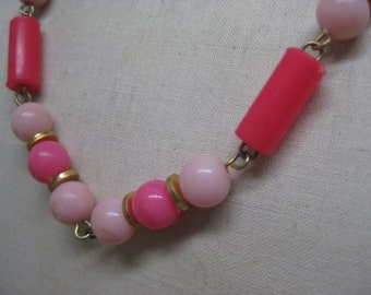 Pink Gold Plastic Necklace Bead Vintage
