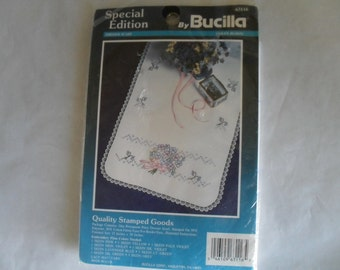 Embroidery Dresser Scarf Stitchery Bucilla Embroidery Kit New