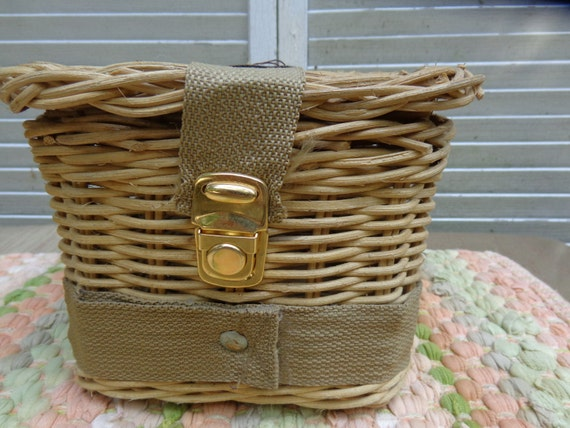 Wicker Fly Creel Trout Fish Wicker Basket Excellent Cabin Rustic Home Decor Summer Cottage