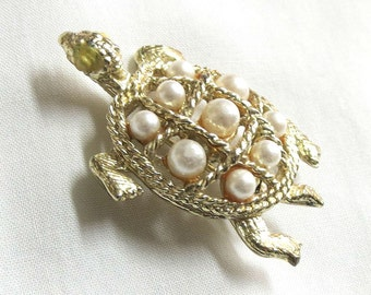 Vintage Faux Pearl Turtle Brooch