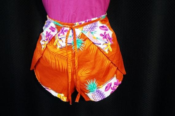 Wrap Shorts 70s 80s Vintage Pineapple Fruit Print Micro Shorts