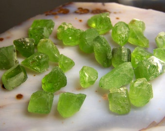 Peridot crystal - by the gram - naturally raw rough- wire wrap stones - bright green - raw rough - lot of specimens natural bulk crystal t3s