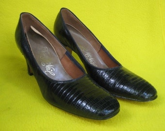 1970s Black Lizard Pumps - Like New - The Real Deal