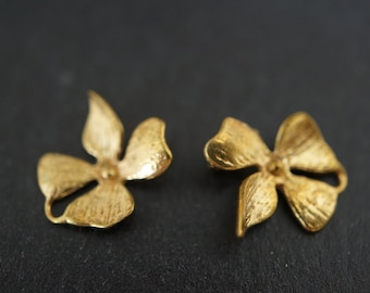 High Quality Detailed Solid Brass Flower Lily Four Petals Charm Connectors (Pendant 3) - approx. 12mm - 2 pieces