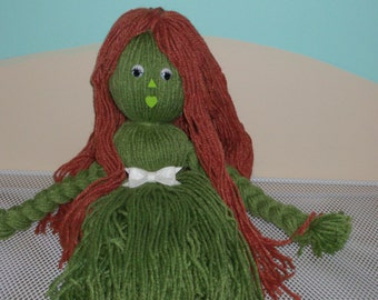 OOAK Yarn Doll, Green and Bronze Yarn Doll