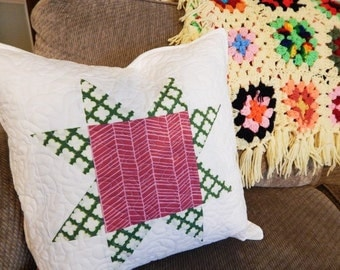 Quilty Pillow Sham, Sawtooth Star, You choose size and colors, Granny Chic Home Decor